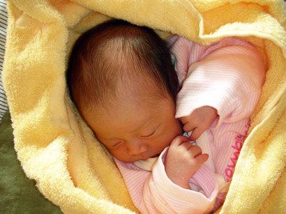 誕生の日。 たぶん親なら誰でも、 生まれたての赤ちゃんには、 「健康で、大きくなって」って それしか望んでいません。だけど、不思議ですね^^ 大きくなるごとに、子どもに望むことは どんどん変わってくる(^_^;)