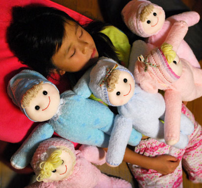 今日のイベントで初めてお目見えの、タオル人形たち^^♪  さて、一人だけ、違う子がいます。