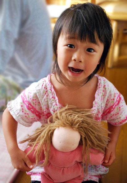 お人形さんと、お世話遊び