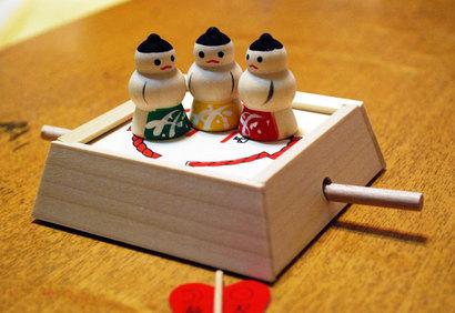 日本のおもちゃ、おすもうさん^^
