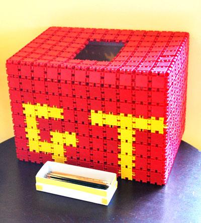 グッドトイ2009選定「クリックス」で作られた、グッドトイの投票箱