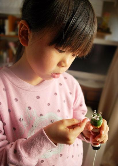 5歳をすぎた子どもたちに用意してあげたいのは、手仕事のおもちゃです^^