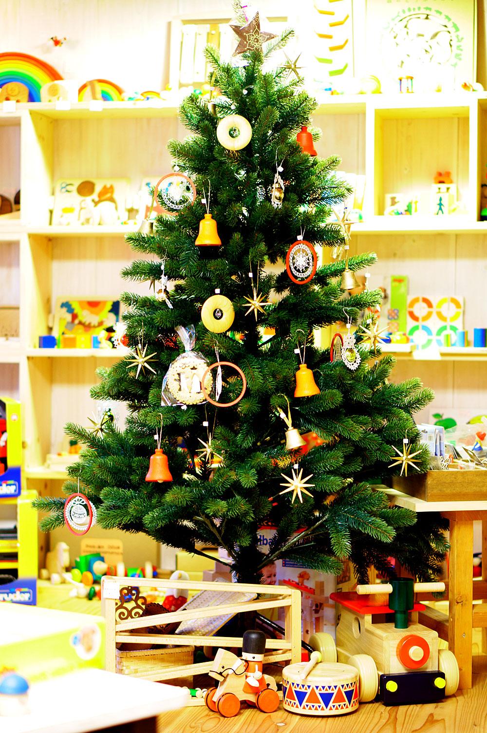 RSグローバルトレード社クリスマスツリー