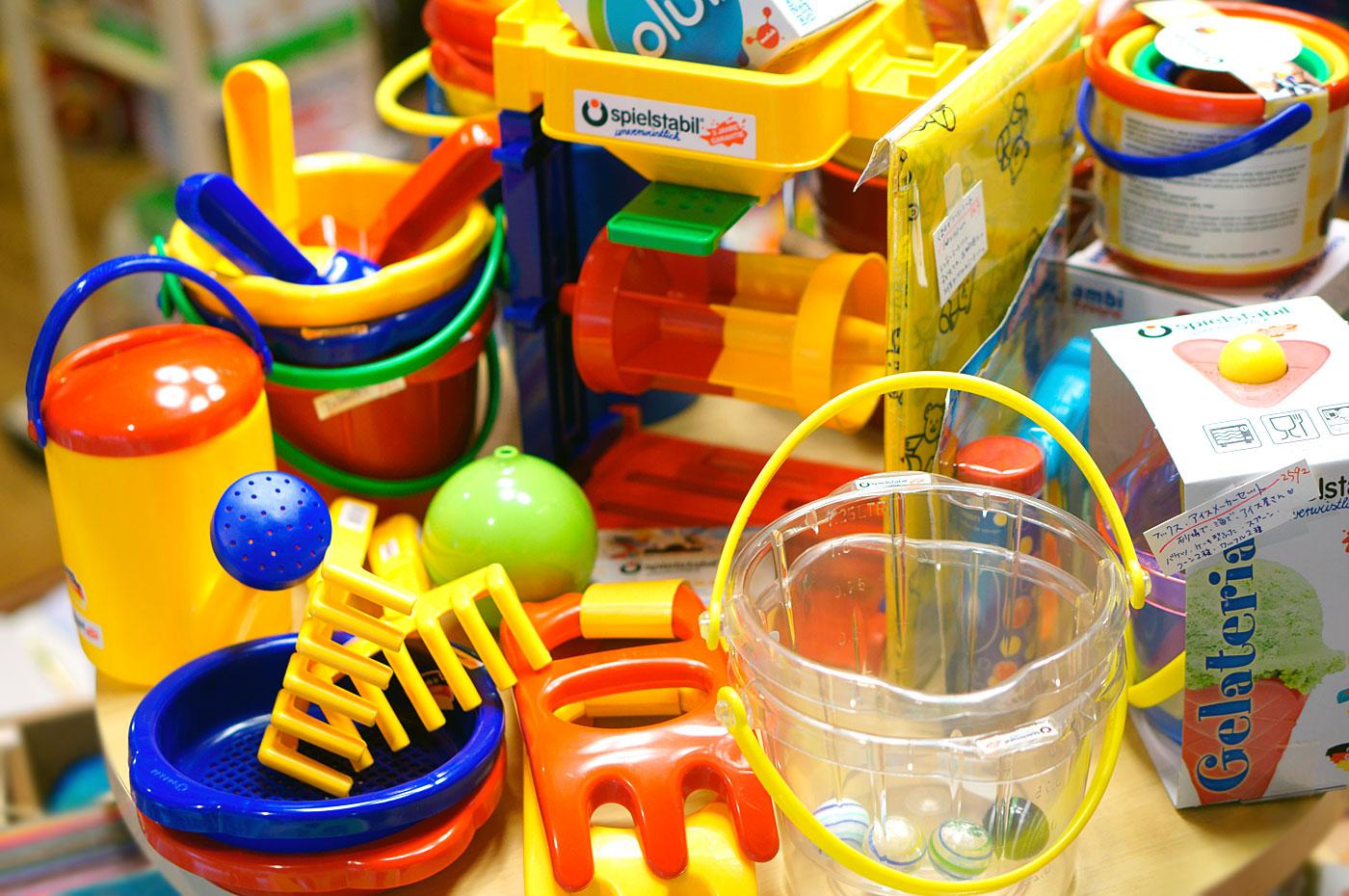 水遊びのおもちゃ、いっぱい!