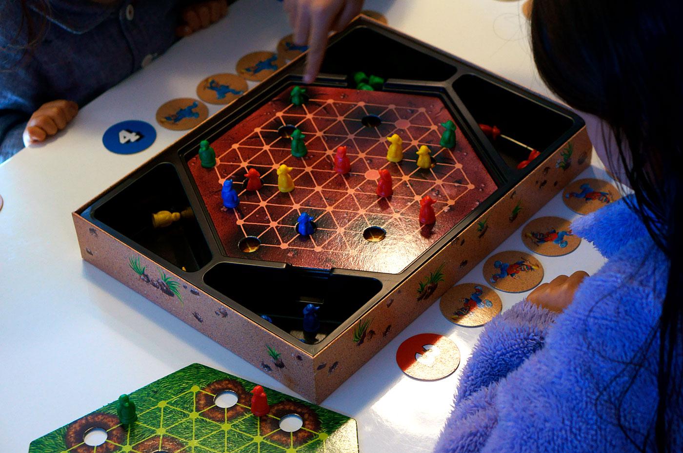 アナログゲーム会 穴掘りモグラ