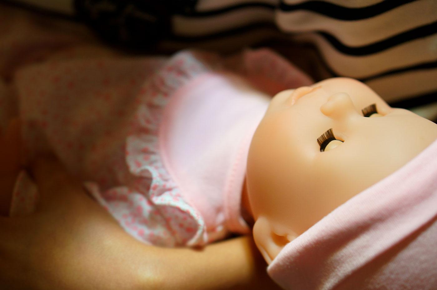 お人形と子ども