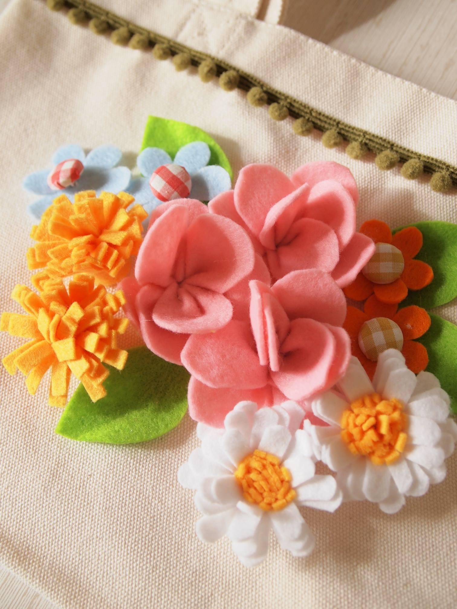 ちくちくのへや&親子でちくちくのへや「お花をいっぱい作りましょ!」