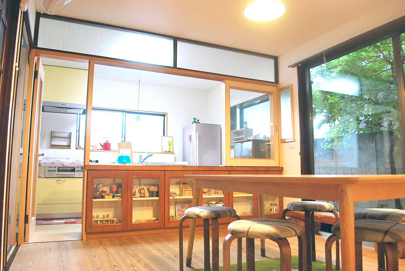 かばんねこレンタルスペース&キッチン「カミツレ」