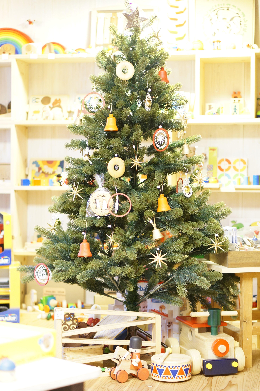RSグローバルトレード社のクリスマスツリー150センチ