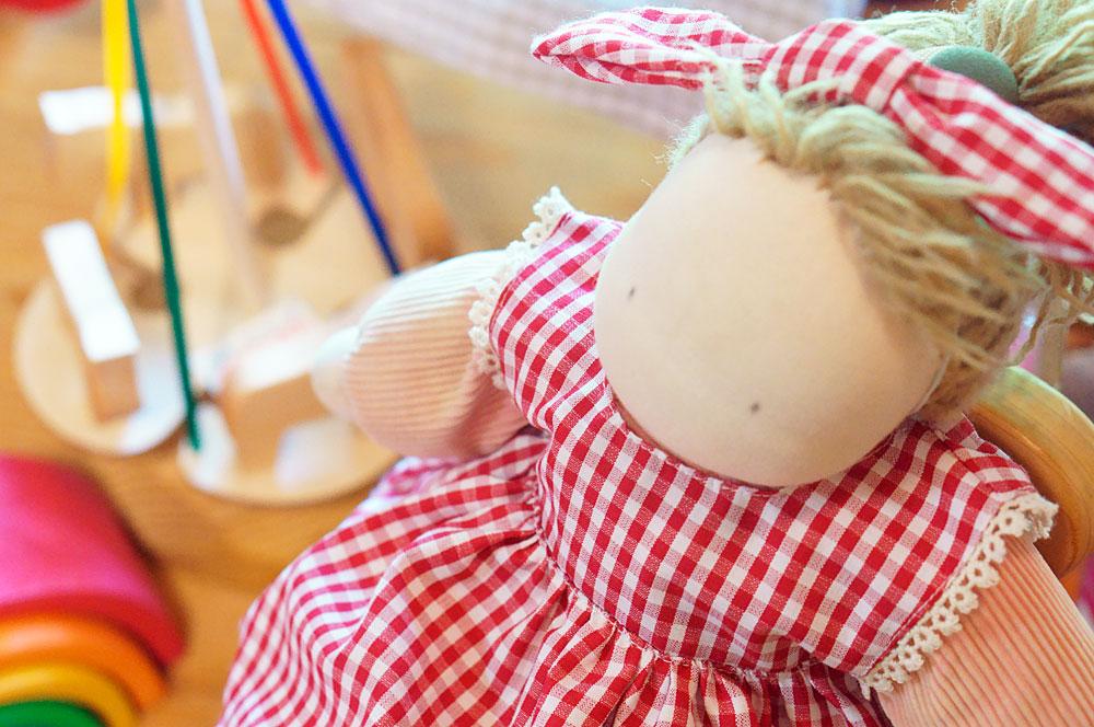 かばんねこのウォルドルフ人形、はるちゃん