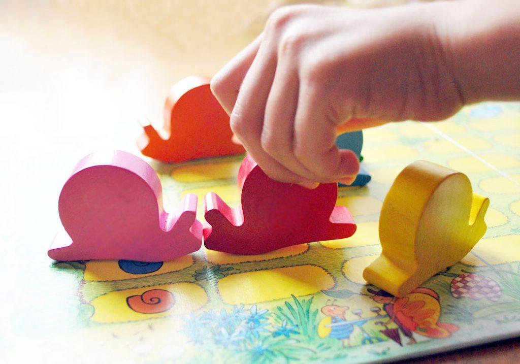 3歳のアナログゲームテンポかたつむり